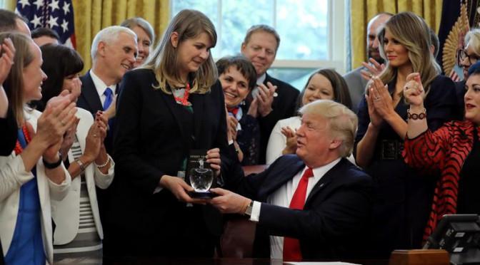 Il dottor Donald e mister Trump