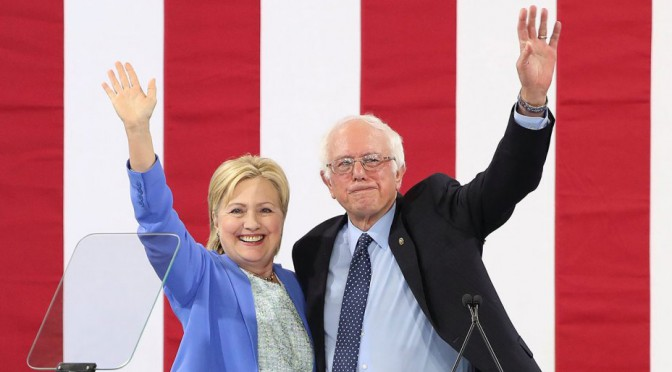 Sulla spalla di Hillary