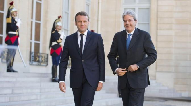 Il voltafaccia di Macron