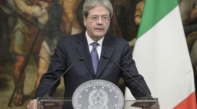 Si vota il 4 marzo. E Renzi, per ora, si nasconde dietro Gentiloni
